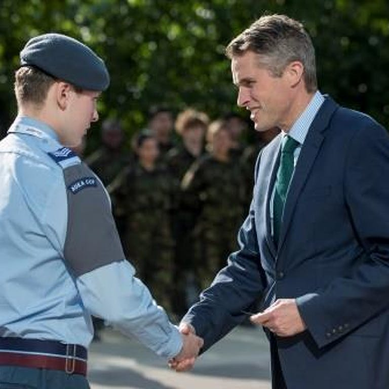 APOWAL 2018 030 DEFENCE SECRETARY CADETS VISIT 342 compressed