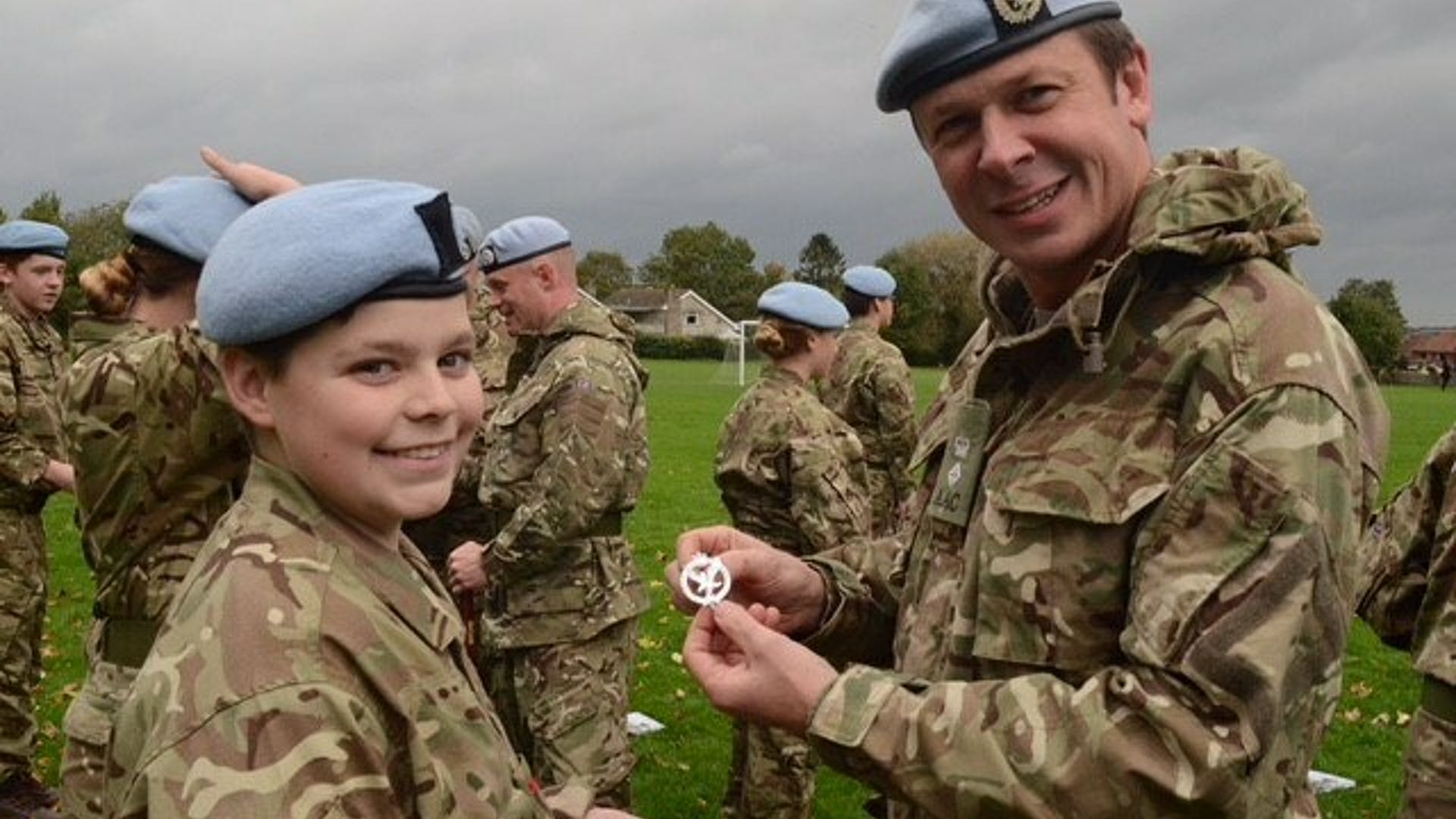 Cdt Smith receiving Cap Badge 1