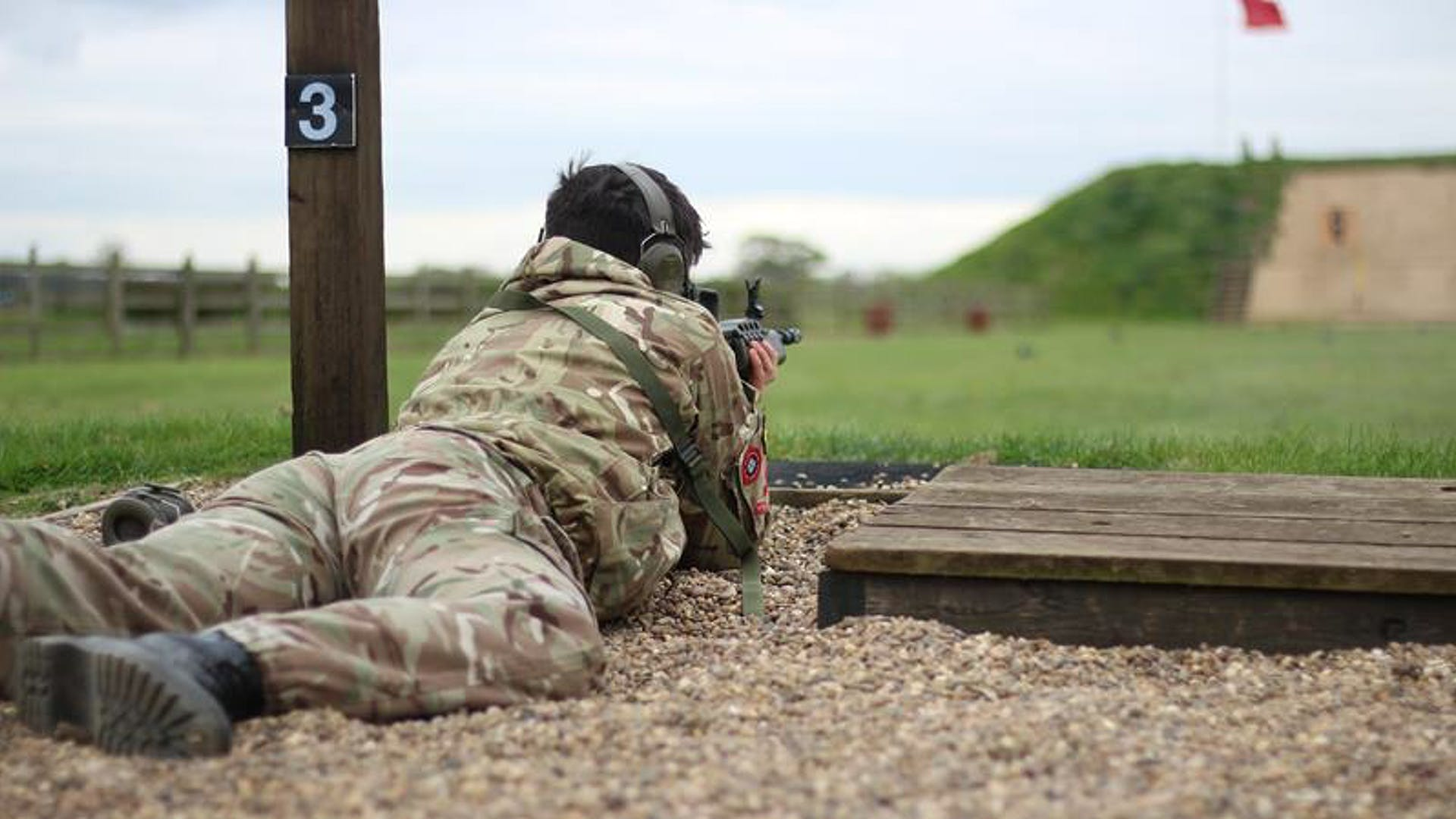 Priory Academy LSST L Cpl Owen Frances pic Cpl Callum Nicol in the prone position on a 100m GP Rifle Range at RAF Beckingham 1